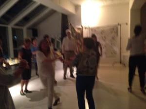 Y bailamos, y bailamos hasta las 12 de la noche!! Fué una fiesta genial!! Gracias a todas las que lo hicisteis posible!